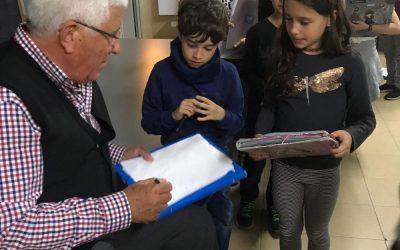 CONNECTATS PEL MOVIMENT. Entrevista dels alumnes de 4t de primària al Dr. Espinasa.