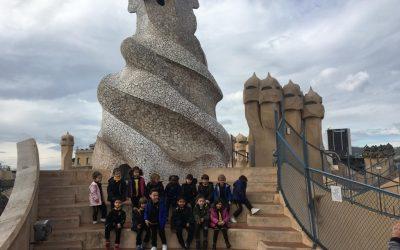 Educació infantil 4 anys visita LA PEDRERA. Projecte ANTONI GAUDÍ.